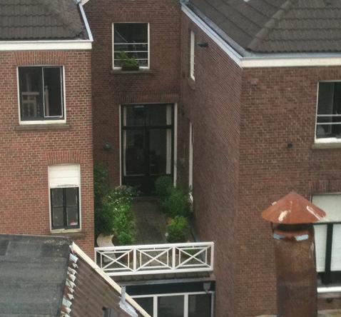 balkonhek hekwerk kruis hout