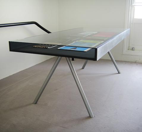vitrine tafel voor museum