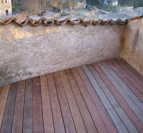 terrasvloer hout balkon zuid frankrijk renovatie woonhuis